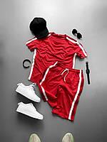 Чоловічий костюм червоного кольору