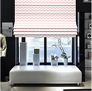 Римські штори з біло-рожевим зигзагом