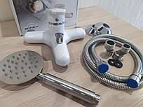 Cмеситель для ванны и душа из термопластичного пластика SW Brinex 36W 006-001