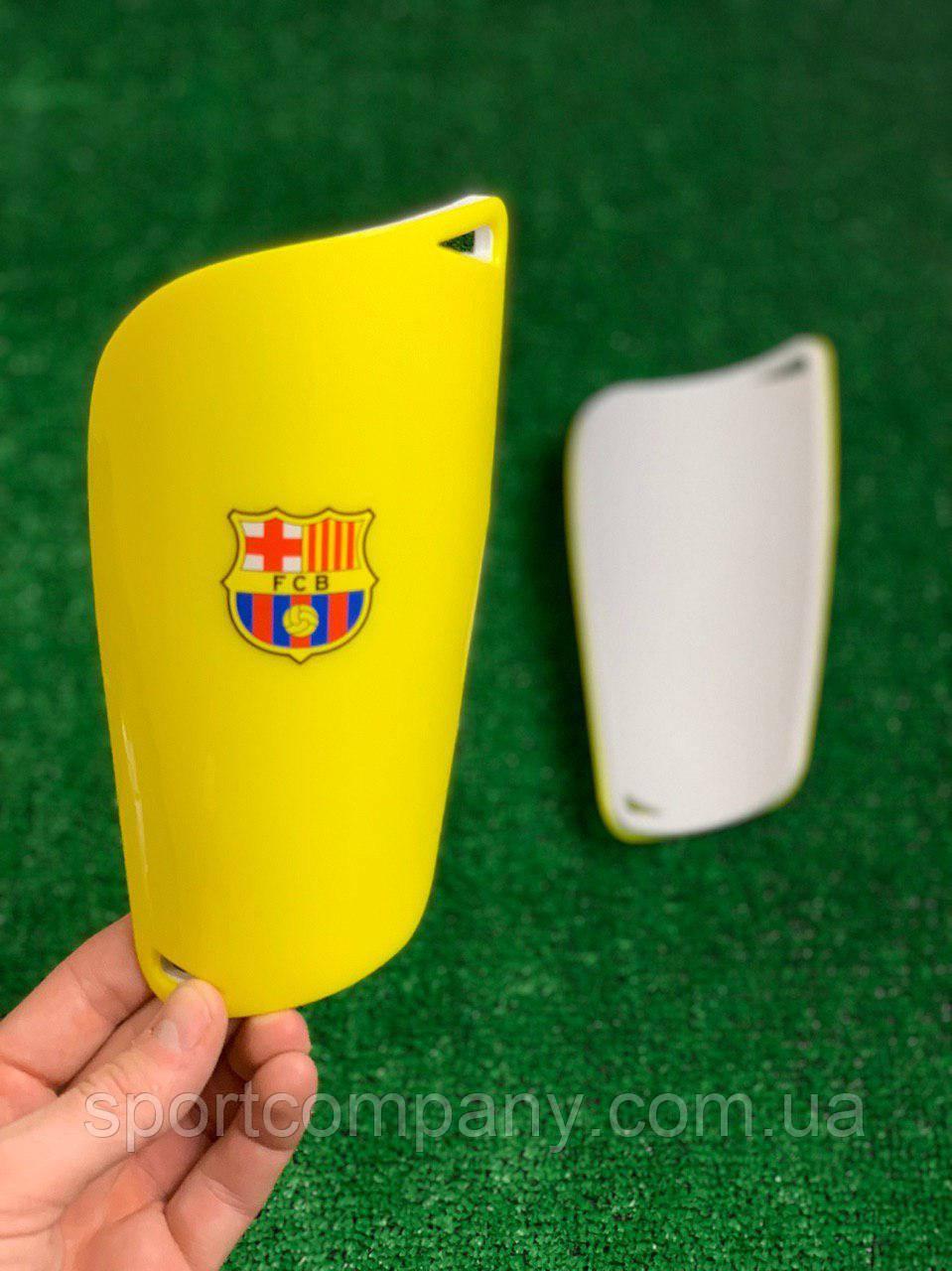 Щитки для футбола  Барселона  Желтые 1092