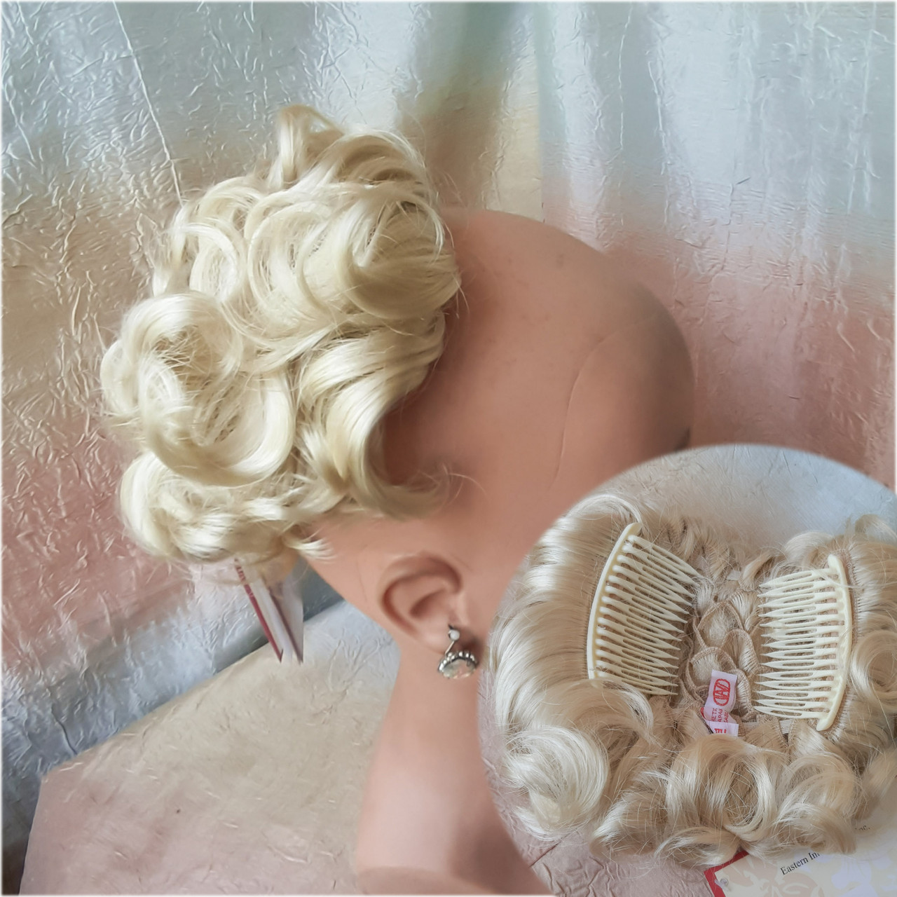 Шиньон-накладка короткий на гребешках блондин  988-613