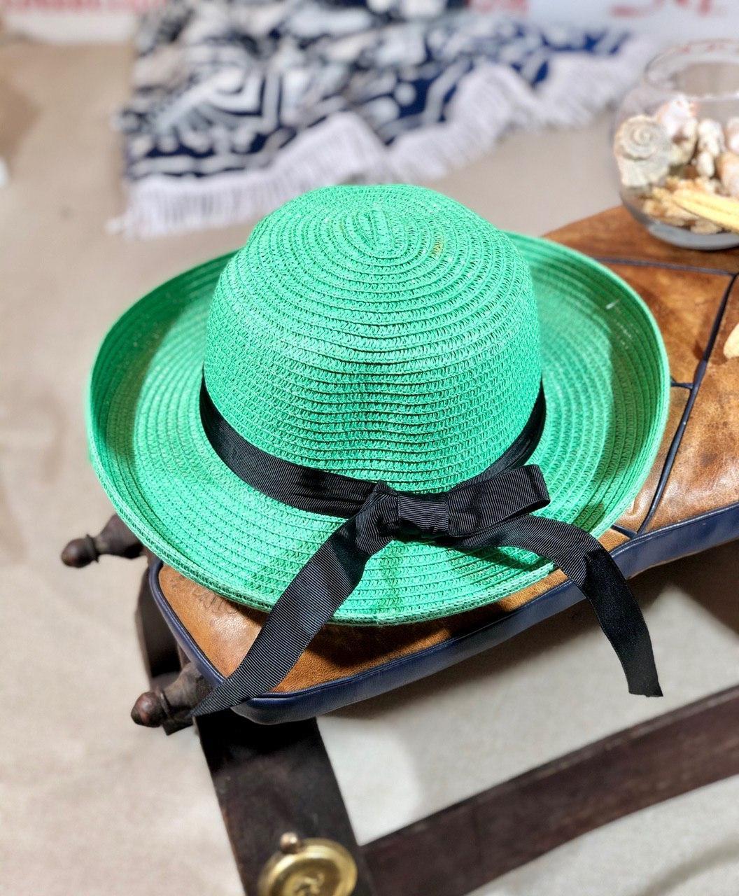 Яркая летняя женская пляжная шляпа с ленточкой