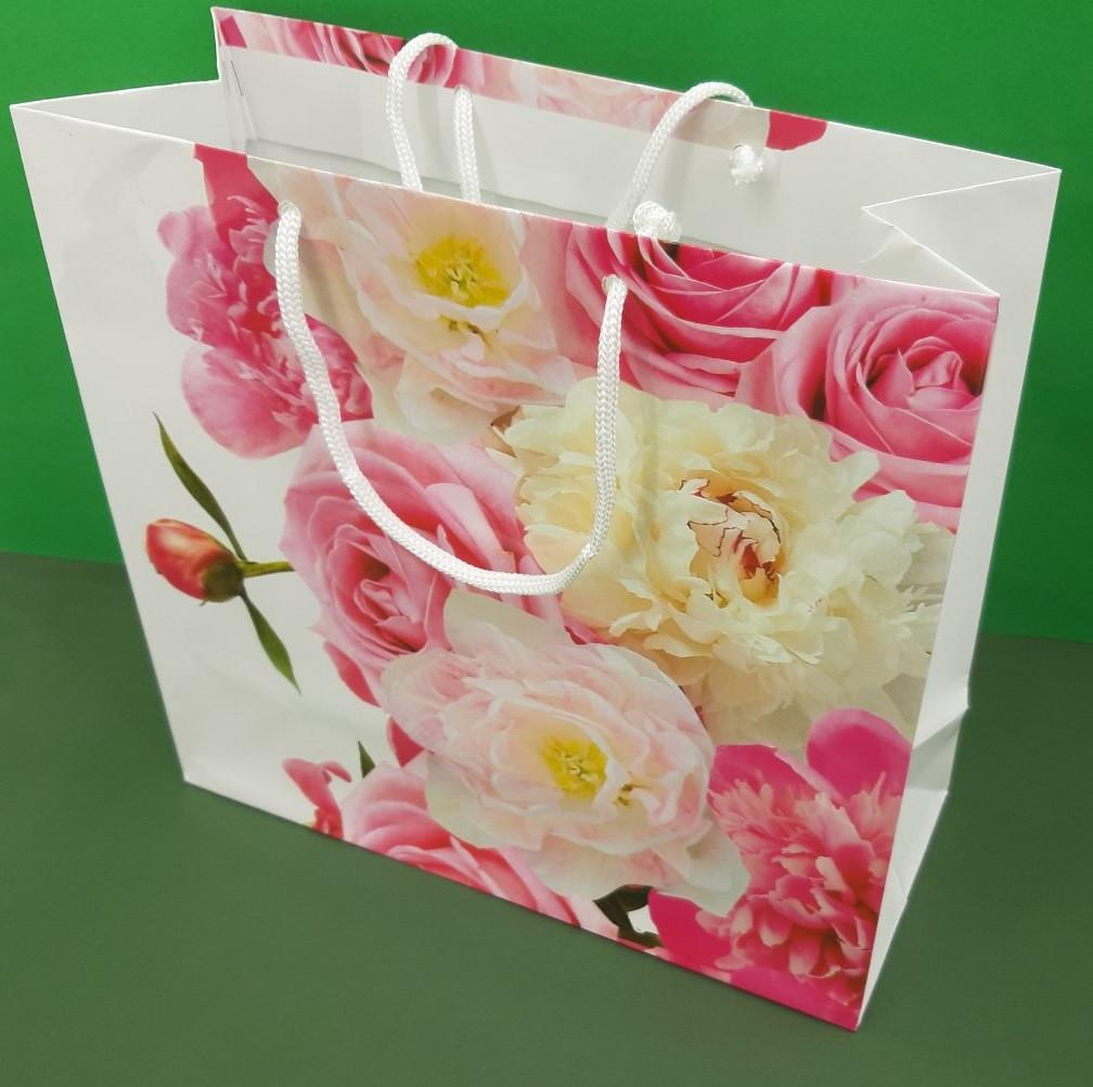 Пакет бумажный подарочный квадратный ы 23*24*10(артKV-155) (12 шт)
