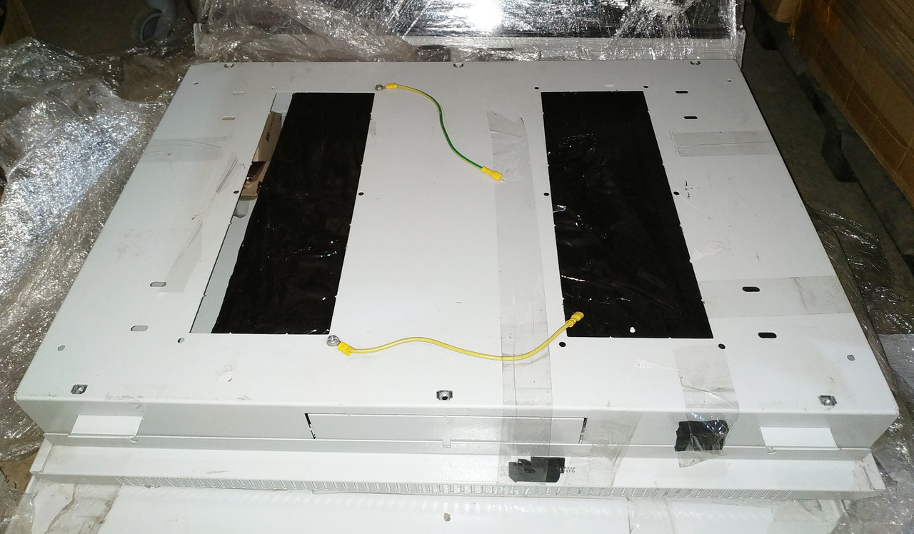 Бокс монтажный навесной. (775х535х115 1 мм) Корпус металлический. BOX Wall