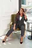 Женский стильный классический костюм большого размера 48, 50, 52, 54 черный в полоску, пиджак + брюки, фото 3