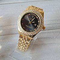 Женские наручные часы Rolex (реплика) с золотистым металлическим ремешком и стразами