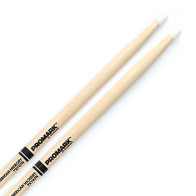 Барабанные палочки и щетки PROMARK TX747N HICKORY 747N