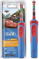 Детская электрическая зубная щетка Oral-B Cars, от 3-х лет D100.413.2K