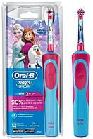 Детская электрическая зубная щетка Oral-B Stages Frozen, от 3-х лет