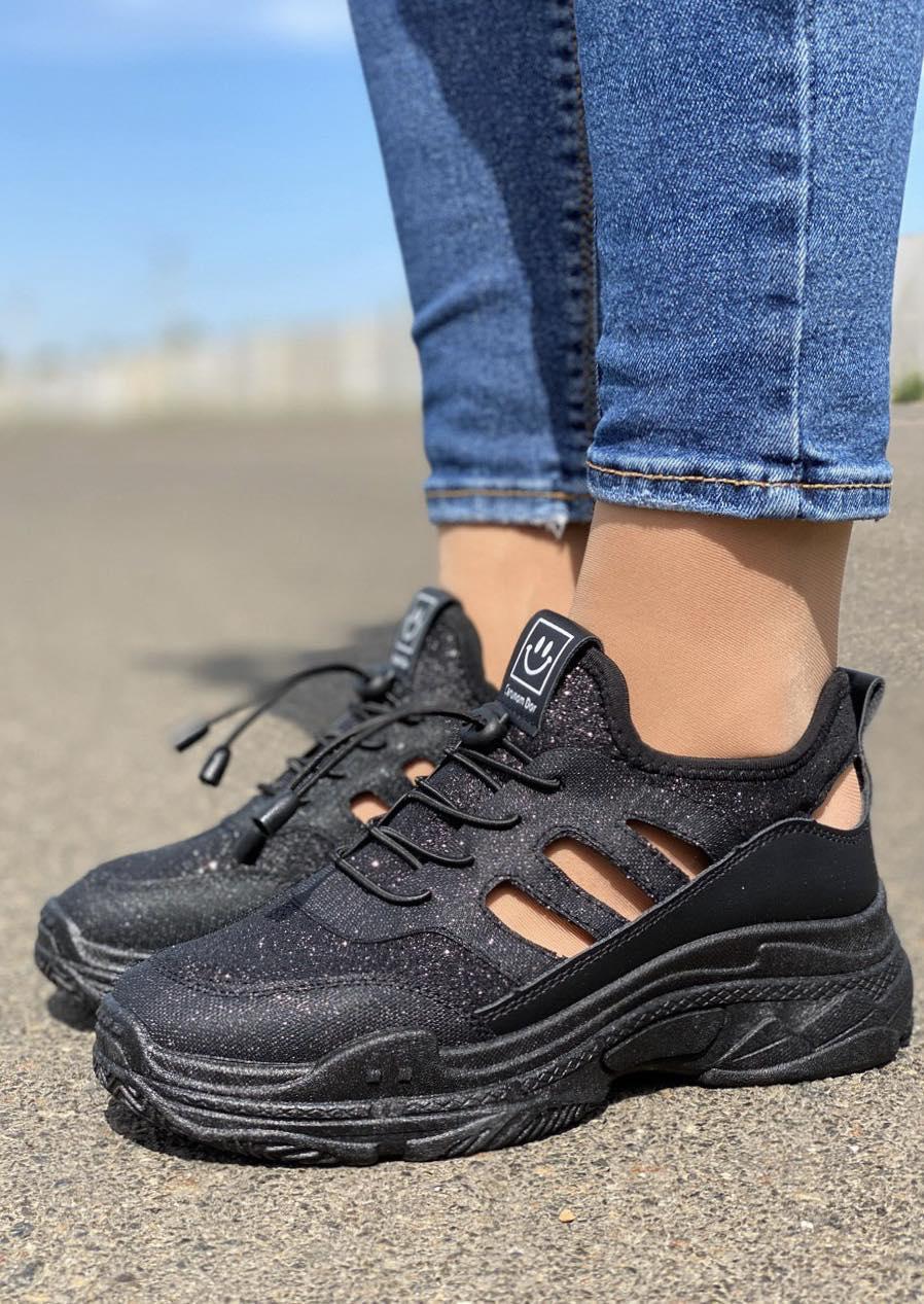 Женские кроссовки летние с дырочками