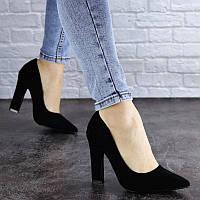 Женские классические замшевые туфли на удобном высоком каблуке черные Howie