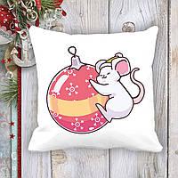 Подушка с новогодним принтом Мышонок и елочная игрушка