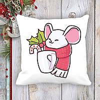 Подушка с новогодним принтом Мышонок с чашкой