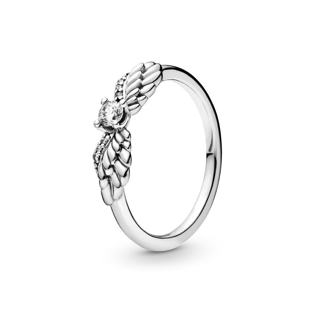 Кольцо «Сверкающие крылья ангела»