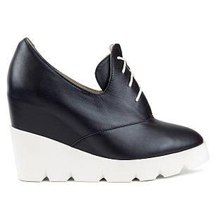 Ботильоны черные 38 размер с заостренным носком кожаные на танкетке Woman's heel