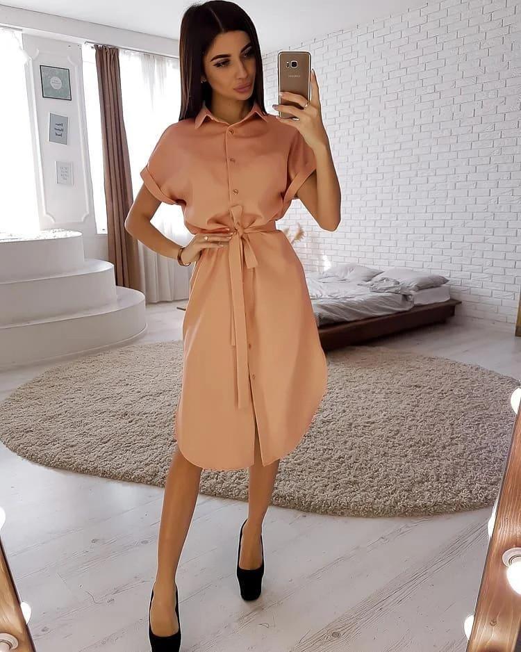 Стильне жіноче плаття з поясом на гудзиках 40