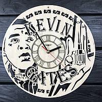 Бесшумные настенные часы 7Arts из дерева Кевин Гейтс CL-0401, КОД: 1474549