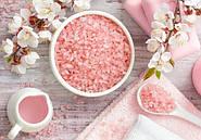 Морская соль –лучшее средства для лечения ногтей