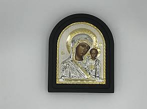 Икона Божьей Матери в рамке на подставке
