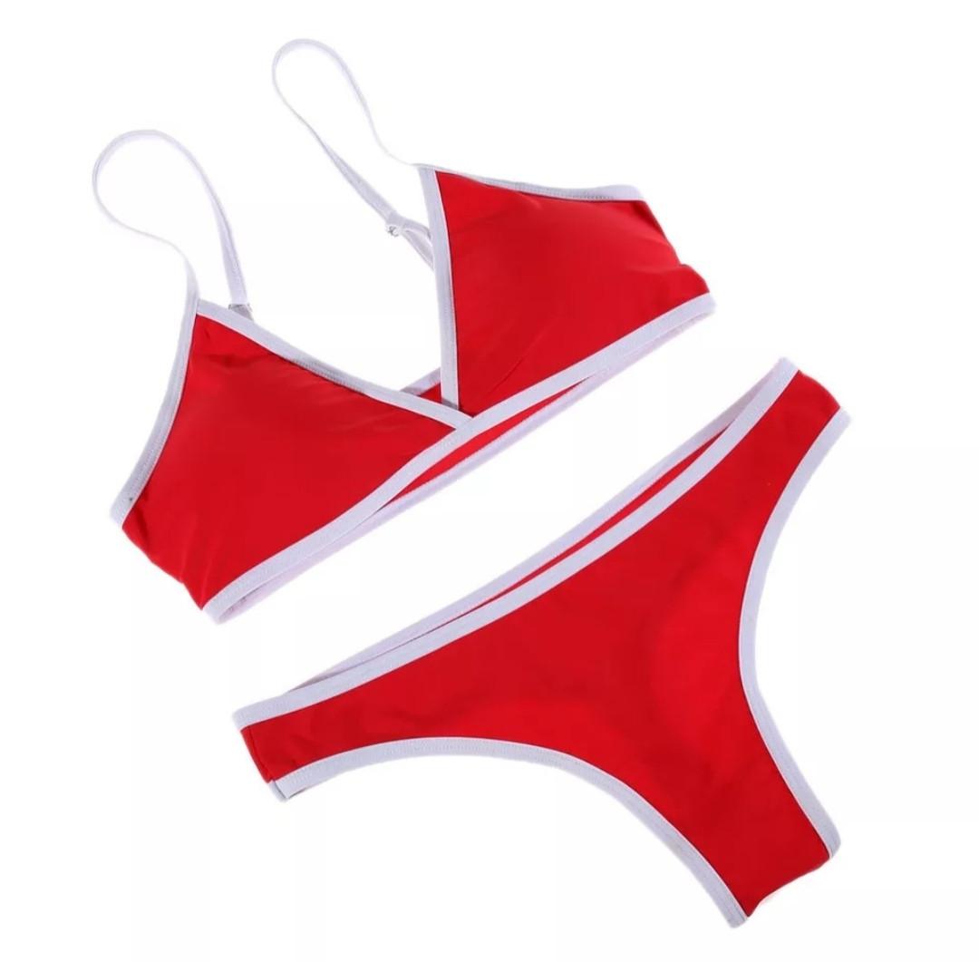 Раздельный купальник красный бразилиана размер L