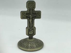 Крест на подставке из черненого металла