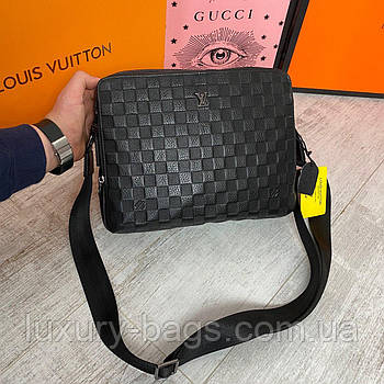 Чоловіча шкіряна сумка формату А4 Louis Vuitton