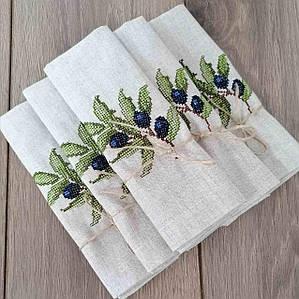 Набір вишитих лляних серветок Волинські візерунки 42*42 см сірі з гілкою оливи