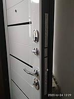 Двері Вхідні (Чарлстон 105мм Графіт/Білий глянець)