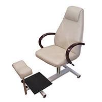 """Кресло для педикюра """"Арамис"""" на стеллаже OpusPro"""