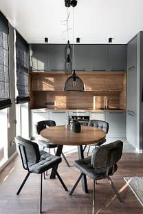 Уютные обеденные столы из массива дерева