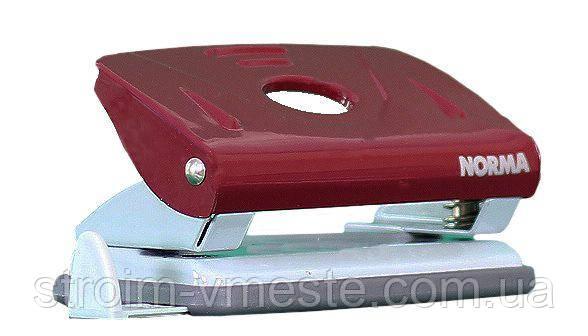 Дырокол для бумаги с линейкой NORMA 4344 8 см 10 л красный