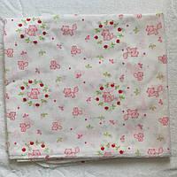 Пелюшка ситець, 75х110 см біла з рожевим принтом