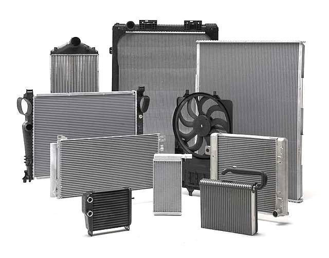 Радиатор Оpel Astra H 2004- (1.2-1.8 АКП) 600*370мм по сотах KEMP