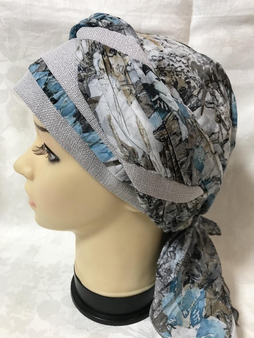 Летняя бандана-шапка-косынка хлопковая с объёмной драпировкой с серым кантом