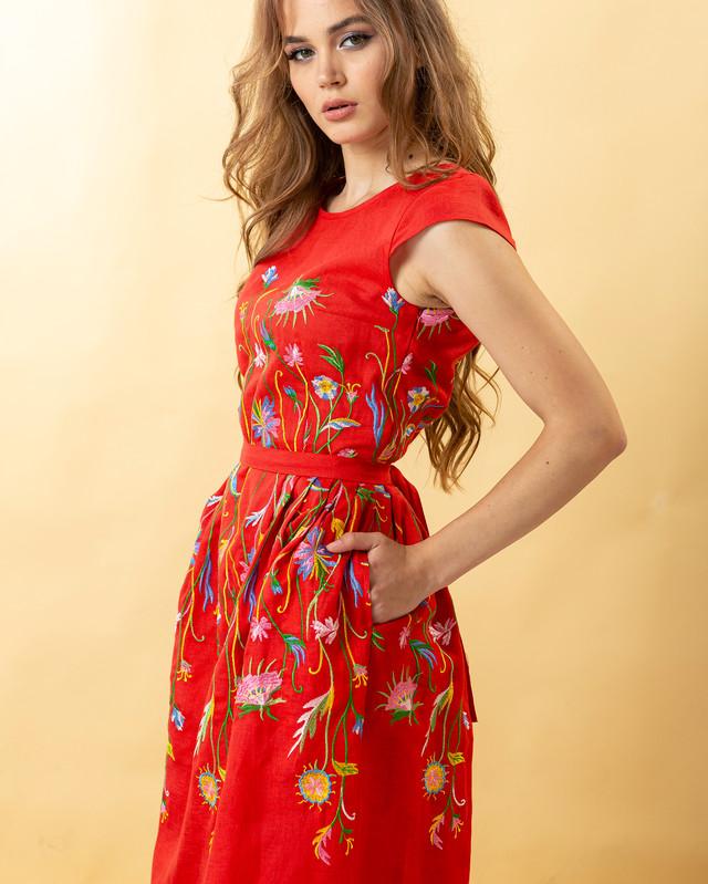 Жіноча лляна сукня вишиванка Клер червоне