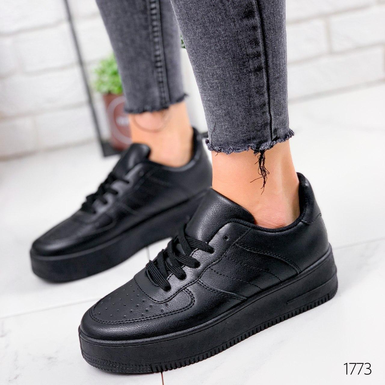 Кроссовки женские черные на платформе в стиле Nike из эко кожи. Кросівки жіночі чорні на платформі