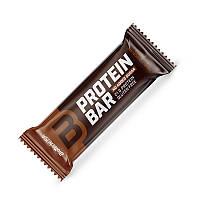 Батончик BioTech Protein Bar, 70 грамм Двойной шоколад