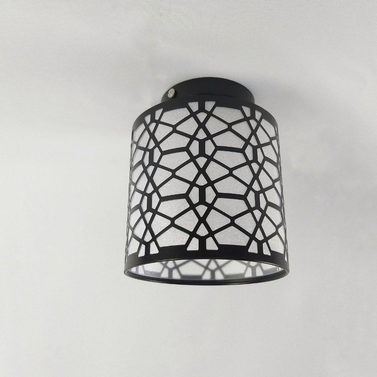 Люстра потолочная на 1 лампу в узор с блестками черная 29-T0002 BK