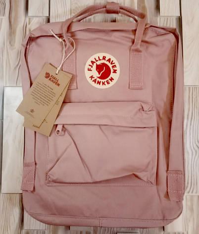 Рюкзак Fjallraven Kanken Classic на стиле, светло-розовый 16 литров (Полиэстер), фото 2