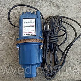 Насос вибрационный Урожай-Бриз 2х клапанный (Нижний забор воды)