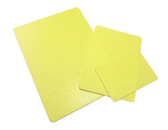Меловой ценник (табличка) желтого цвета