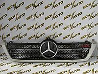 Решетка радиатора Mercedes Sprinter (нового образца) с 2000 г. по 2006 г.