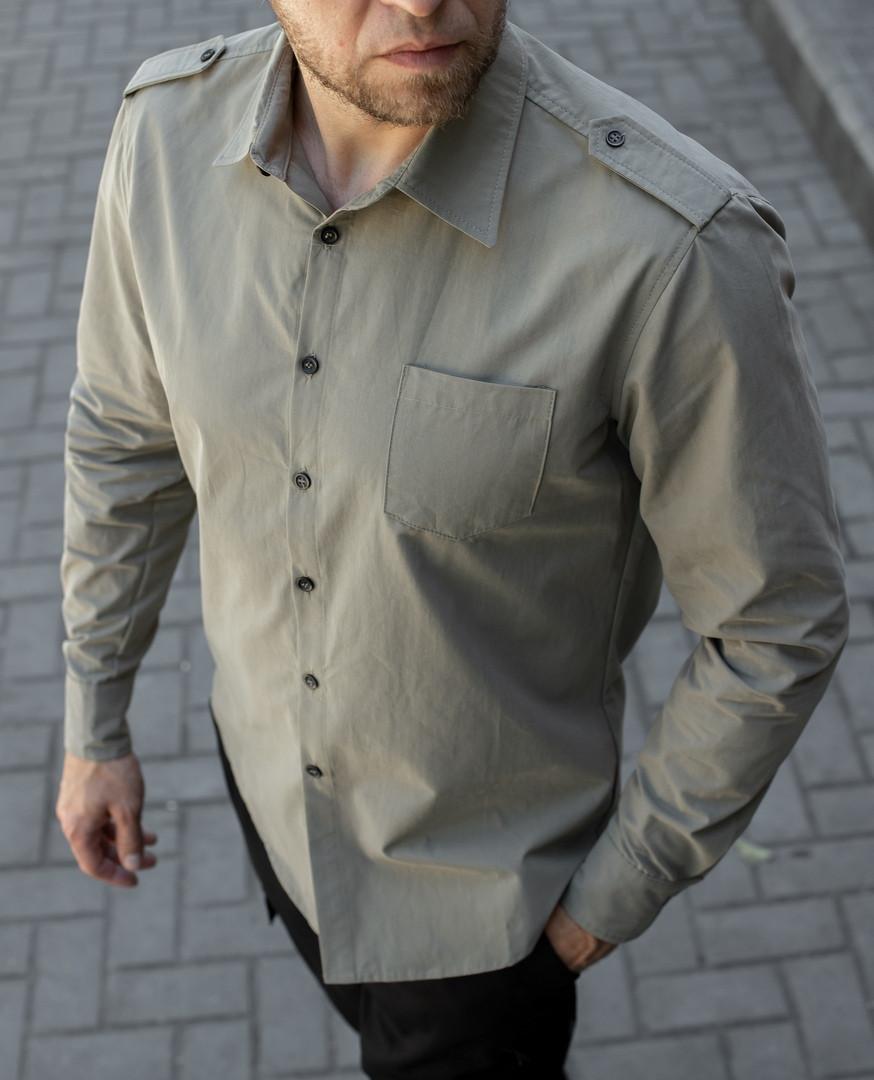 Мужская рубашка хаки с погонами