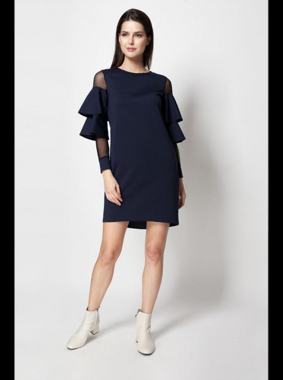 Сукня з сіточкою і рюшами
