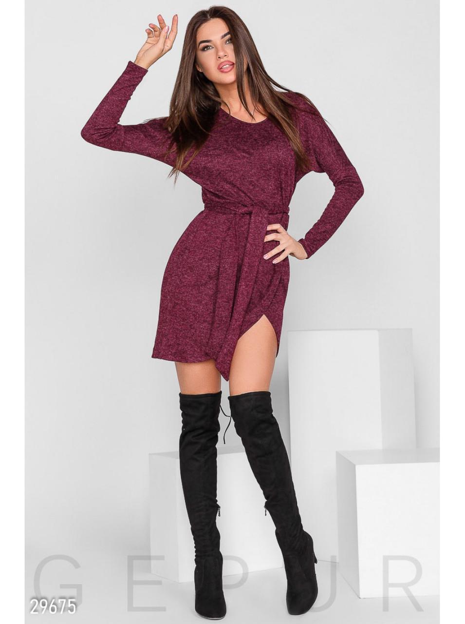 Сукня-міні з поясом.