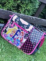 Шкільна сумка для дівчинки
