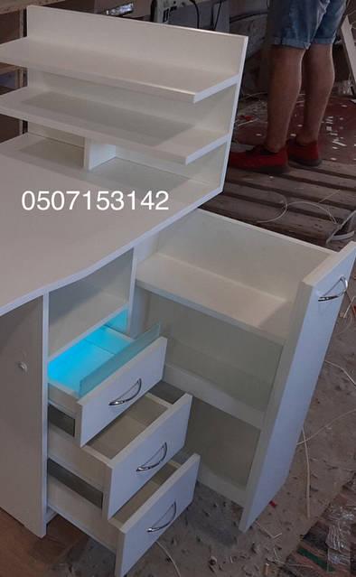 Стол для маникюра с УФ лампой Модель V445  Виталию