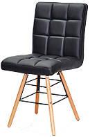 Стул Marcus Q черный кожзам, на деревянных буковых ножках, дизайн Charles Eames