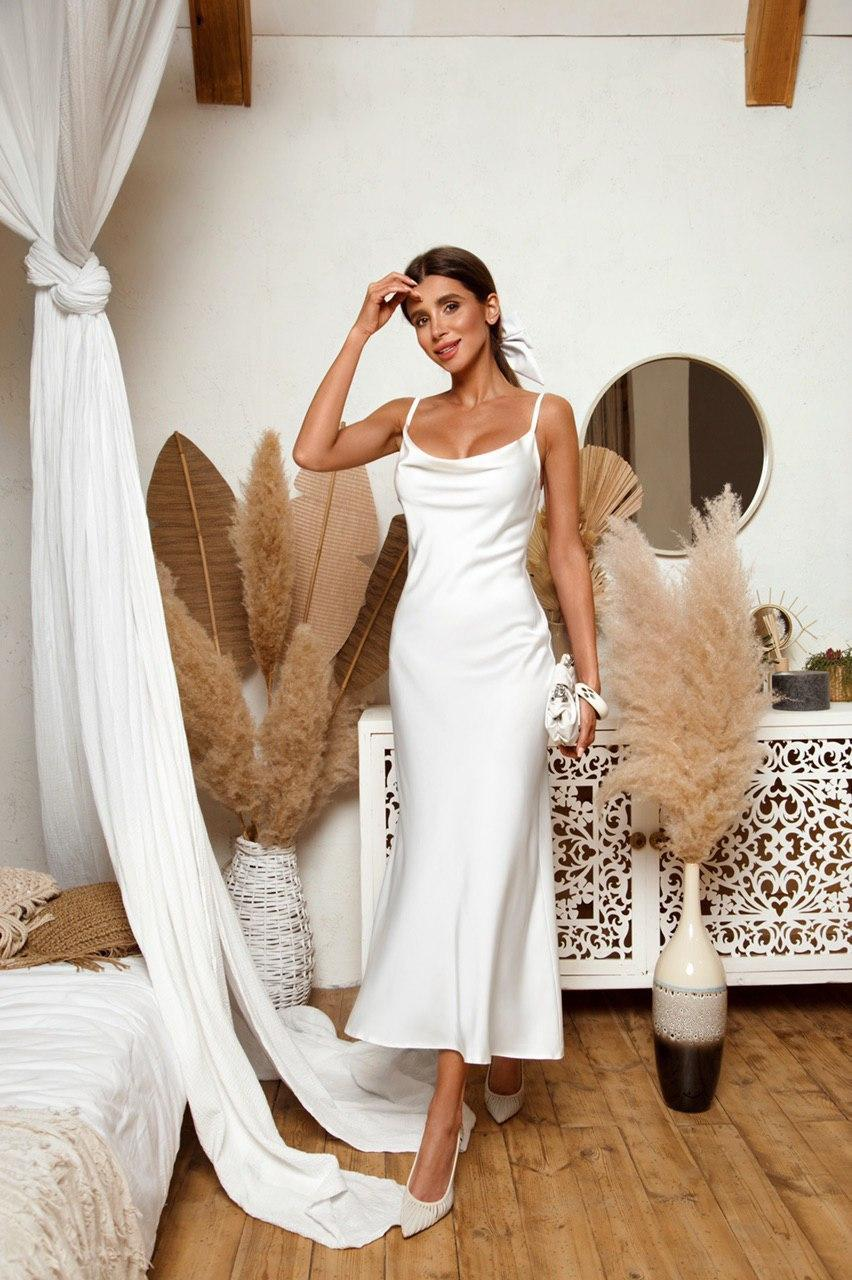 Шикарное платье-комбинация