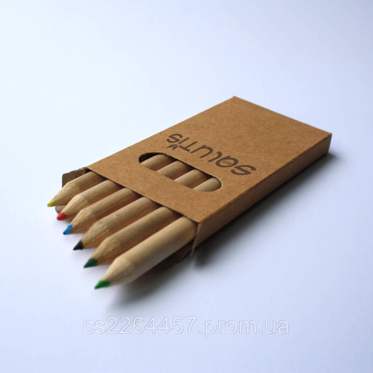 Набор цветных карандашей из 6 цветов.